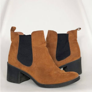 H&M   Brown Heeled Faux Suede Chelsea Boots 6.5